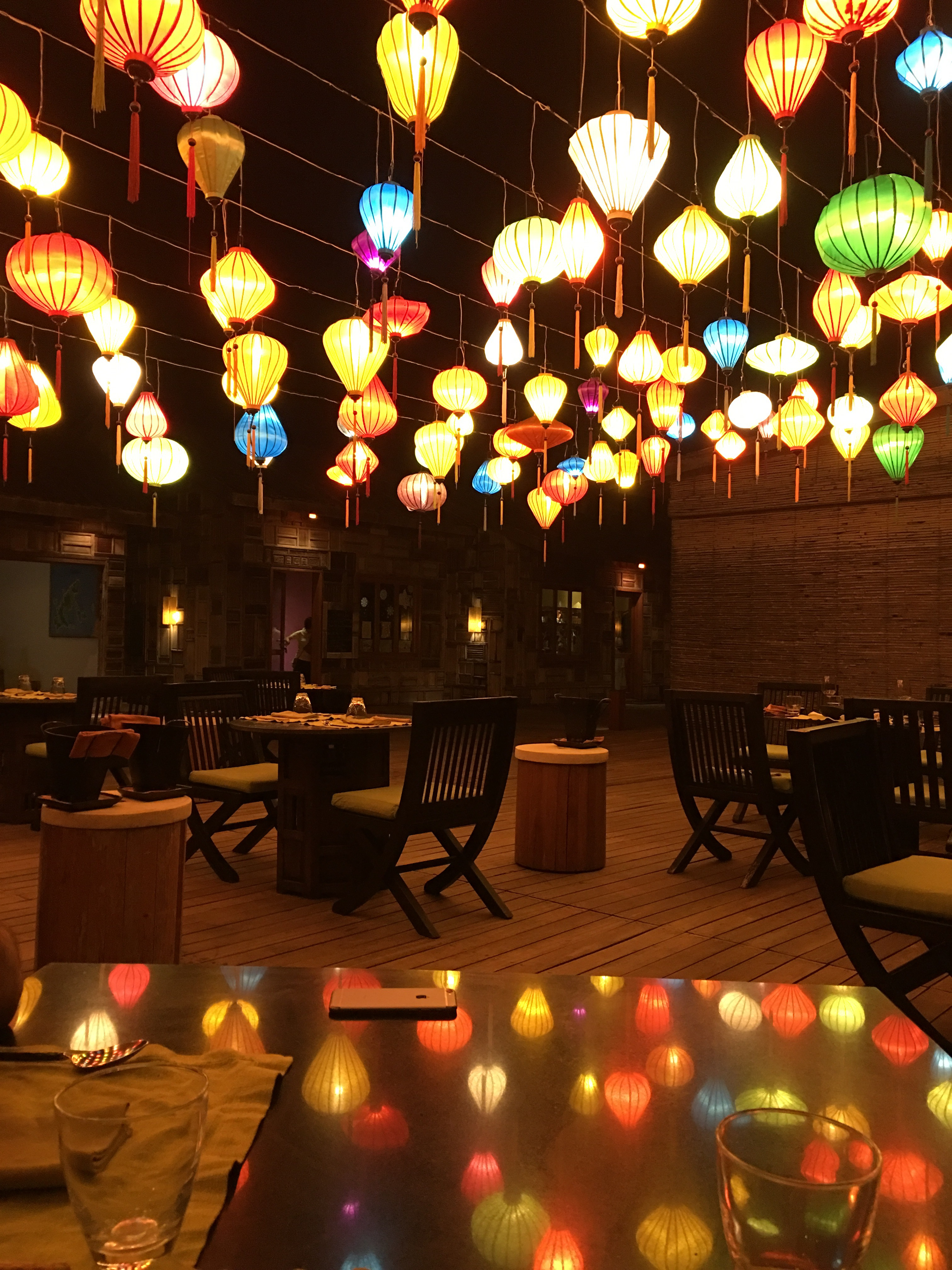 Six senses_lanterns_restaurant_Con Dao_Vietnam