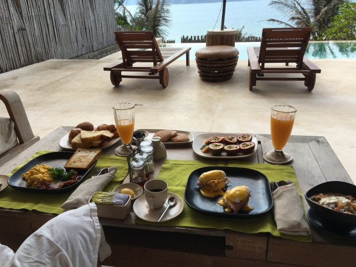 Six senses_in villa_breakfast_plunge pool_Con Dao_Vietnam