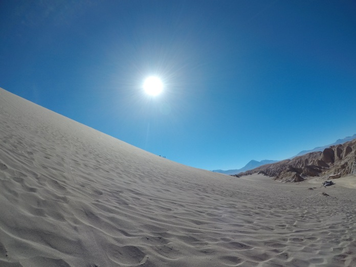 Andes_Chile_Sun_Sand_Dunes_Moon_Valley_Atacama